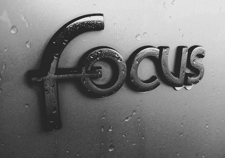 Ford Focus kinyitása kulcs nélkül, egyszerűen