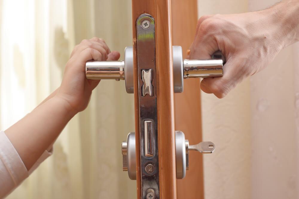 5 Ponton záródó ajtó kinyitása